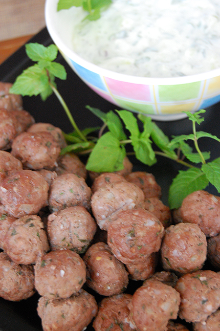 Mint Meatballs with Yogurt Dipping Sauce- easy meatball appetizer recipe
