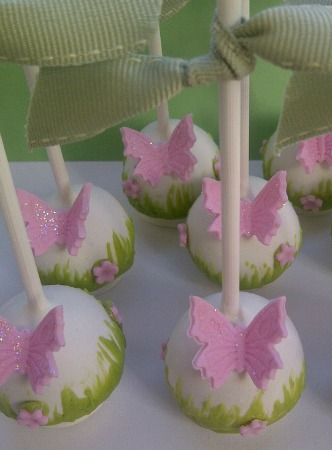 garden party cake pops / Family Focus Blog