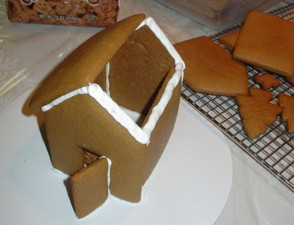 icing the gingerbread house