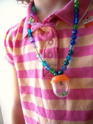 bug catching necklace