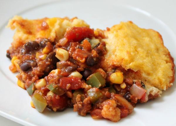 crockpot cornbread chili bake