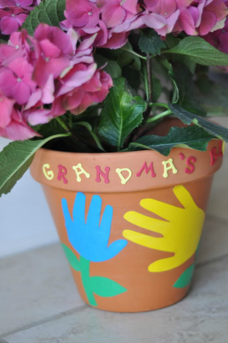 inexpensive mother's day activities, mother's day, potted plant art