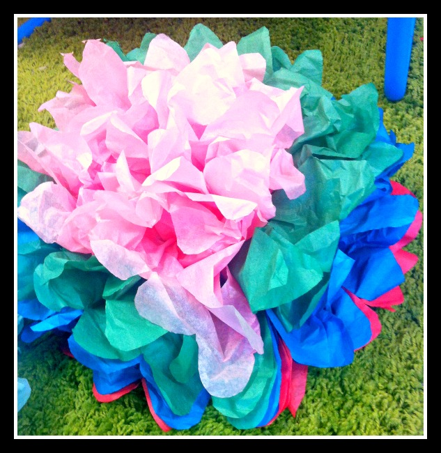 simple tissue paper flowers