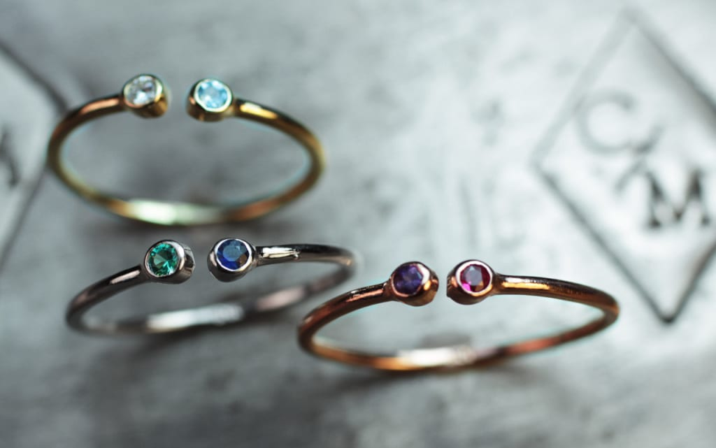 Dual birthstone rings