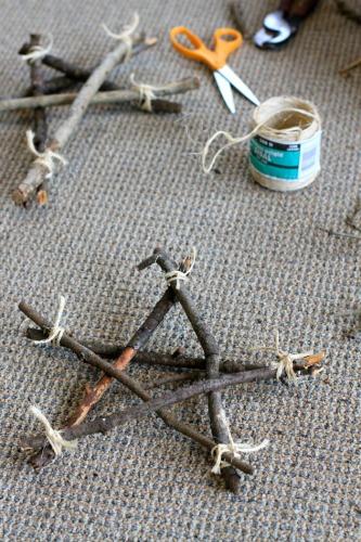 homemade star ornament from sticks