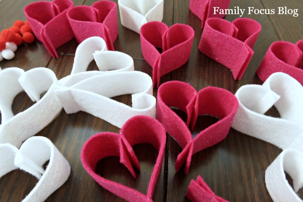Make Heart Garland