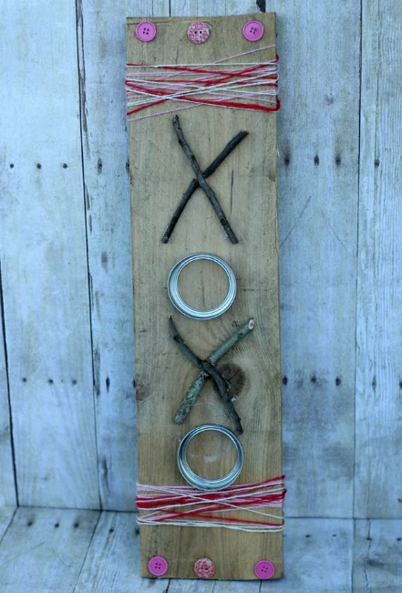 XOXO Sign - Rustic Valentine's Day Decor