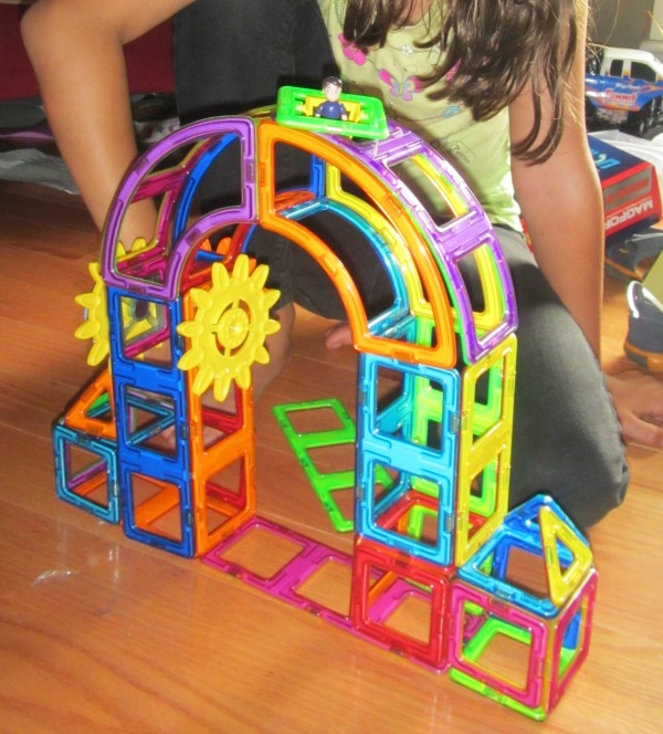 Magformers Magnets in motion review