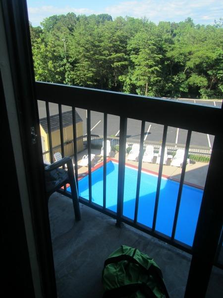 comfort suites balcony