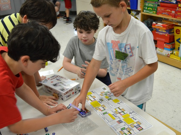 tinkering investigation of circuits