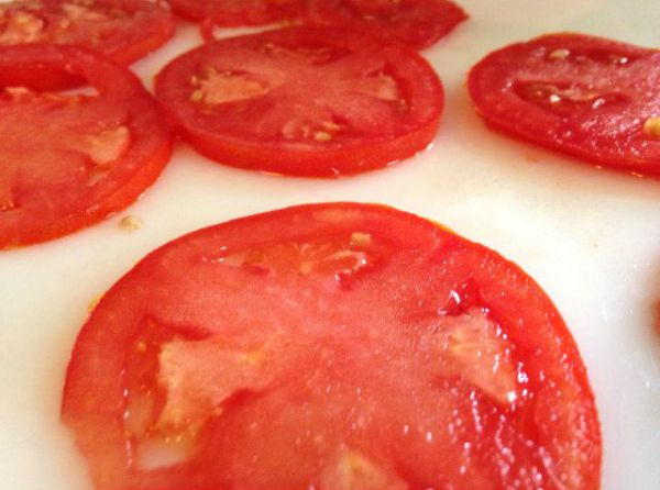 pat dry tomatoes for grilled cheese