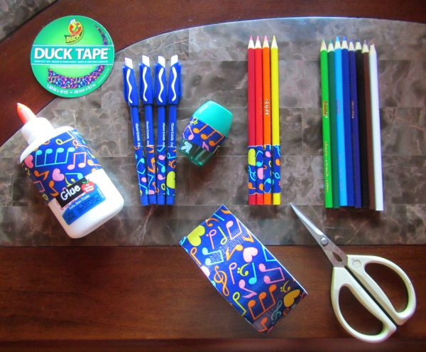 how to customize school supplies
