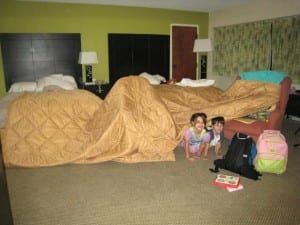 tips for keeping kids busy in a hotel room
