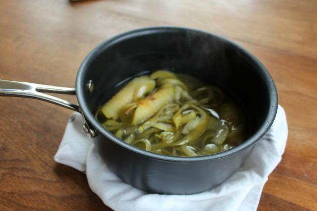 making apple glaze