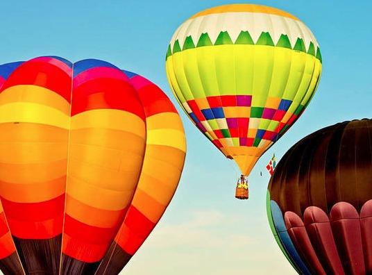 Hot air balloon ride- extraordinary gift ideas