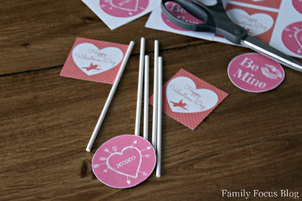 Free Printable Valentine's Day Cupcake Toppers