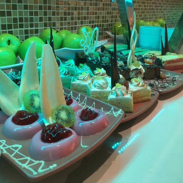 all inclusive buffet