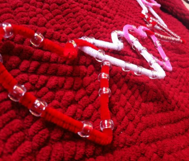 pipecleaner garland