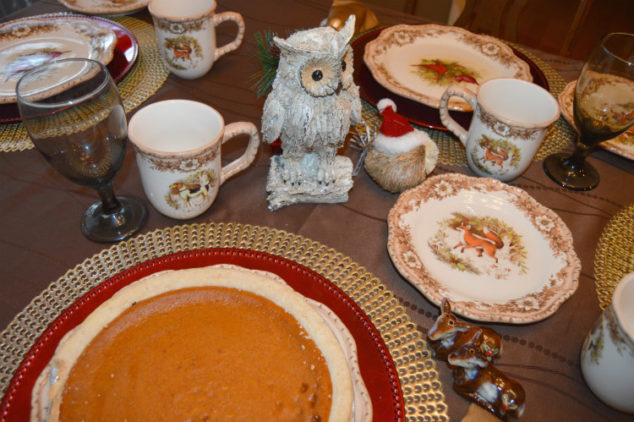 Christmas Holiday Dinnerware