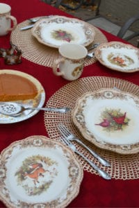 holiday dinnerware patterns