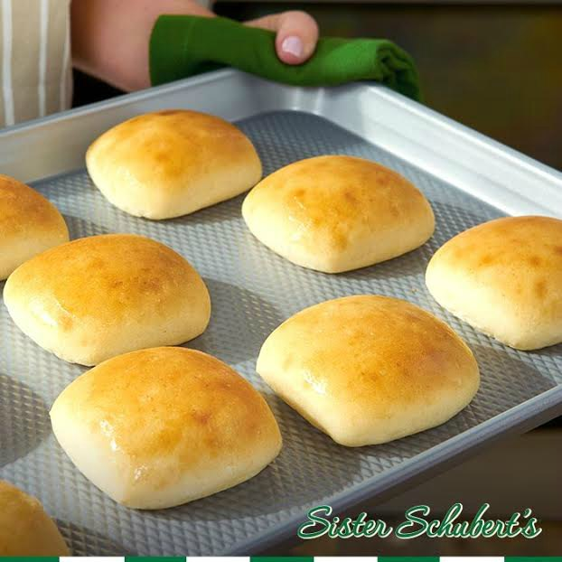 Quick Dinner Yeast Rolls For Your Meal In Just 5 10 Minutes
