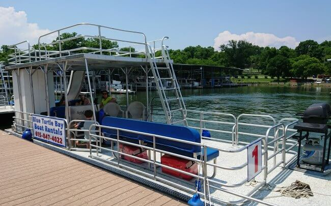 rent pontoon boat