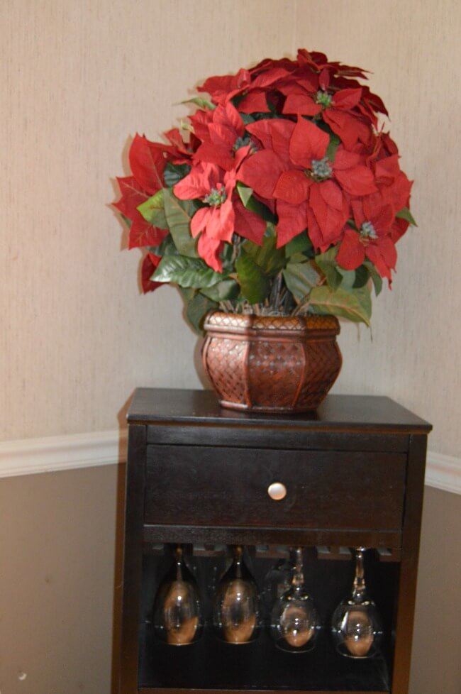 artificial poinsetta plants