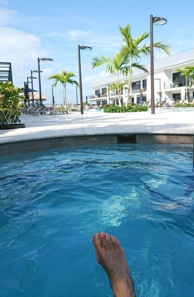 anna maria beach resort hot tub