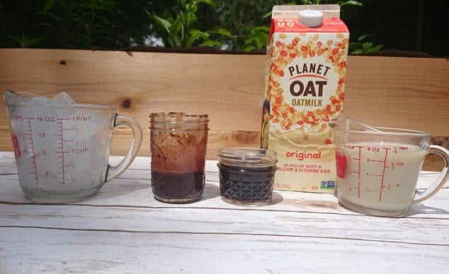 how to make iced mocha with oatmilk