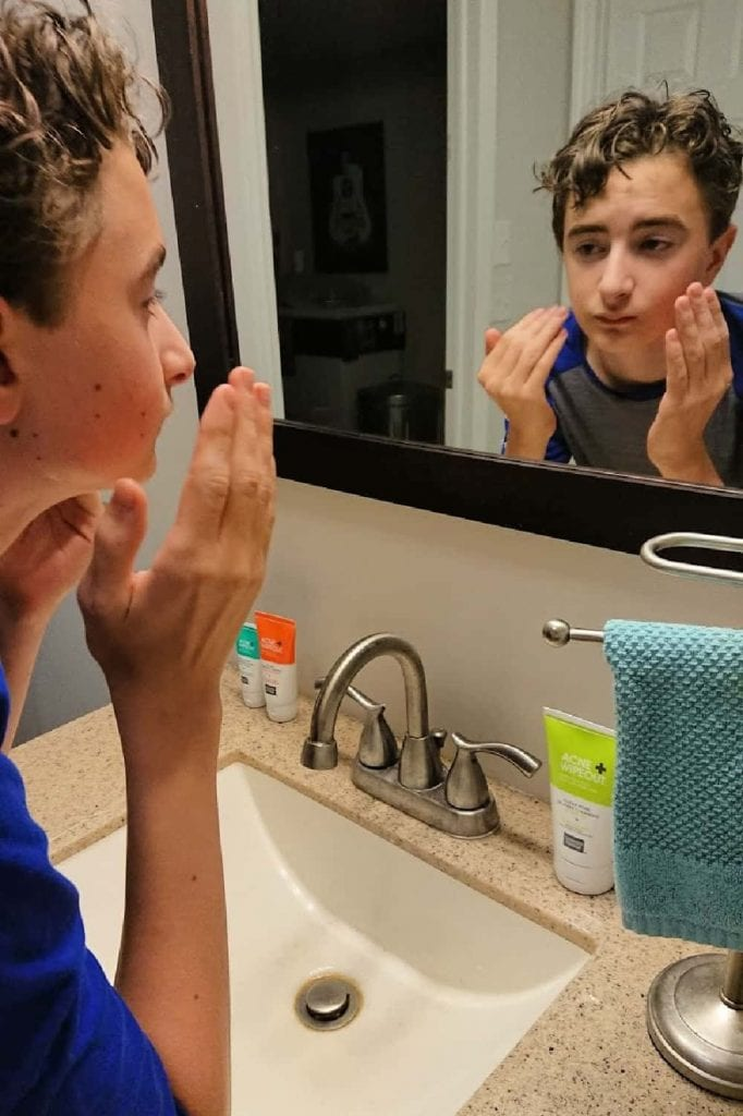does acne wipeout work- washing his face with Clear Pore Oil Free Cleanser