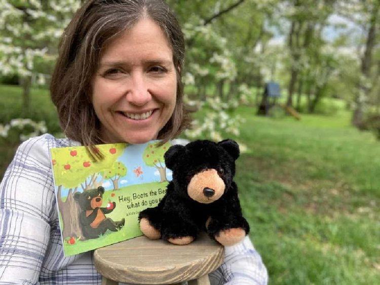 Beth Dunlap Author of Boots The Bear