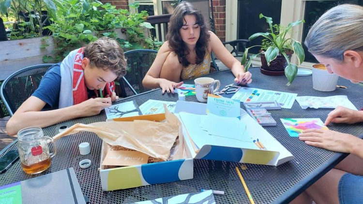 art subscription box for kids and adults