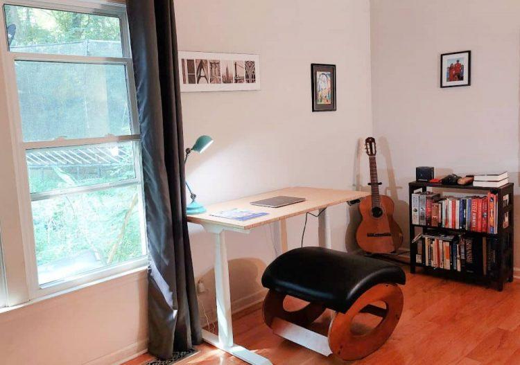 Flexispot height adjustable desk